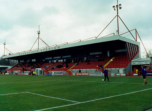 crawley-town-stand