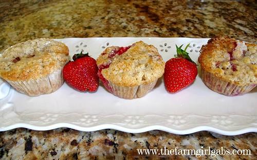 strawberry muffins - horz. no name