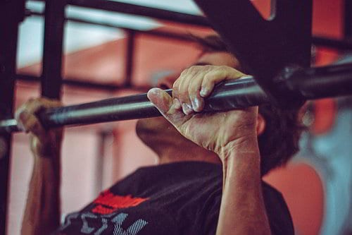 Klimmzugstange home gym