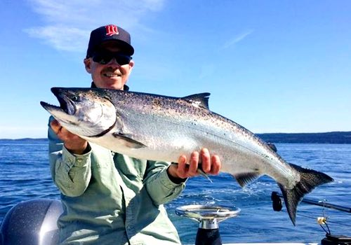 Summer salmon fishing in Vancouver BC