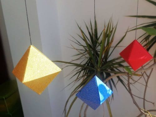 Mobile des octaèdres - Matériel Montessori