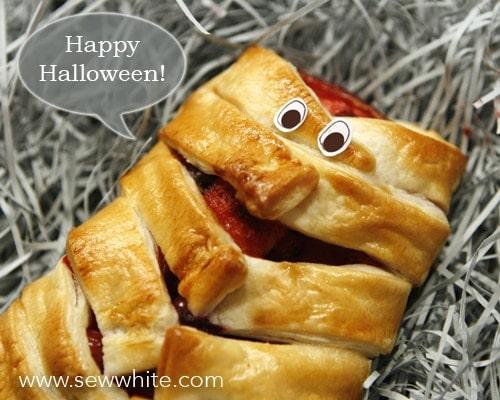 sew white bleeding apple mummy pastries 5