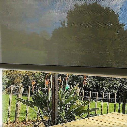 Sunscreen roller blinds