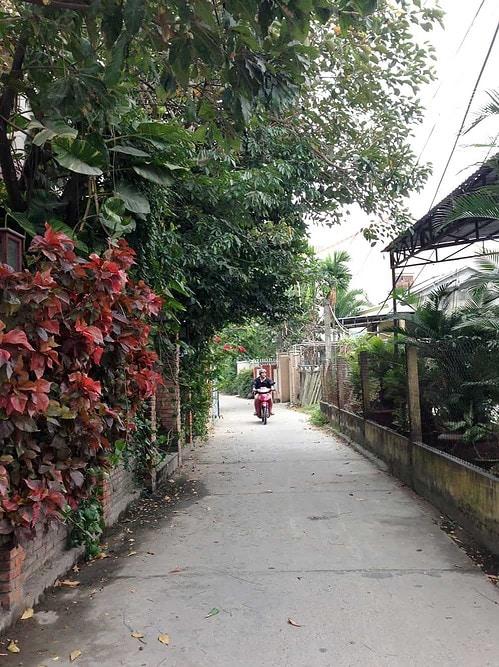 Alley in Hoi An Vietnam