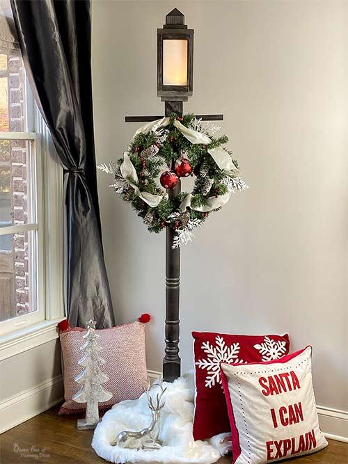 DIY CHristmas lamppost and lantern