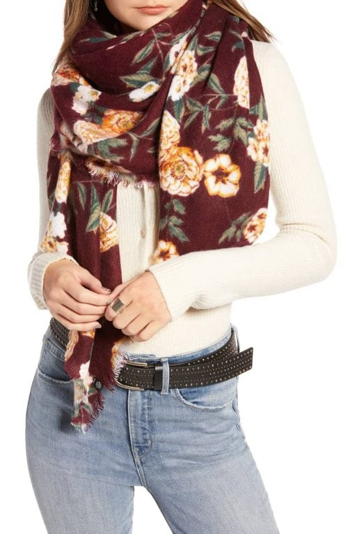 floral scarf for women | 40plusstyle.com