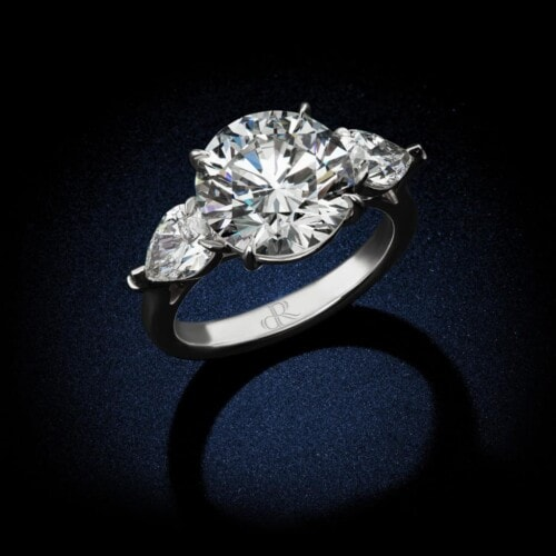 classic-round-brilliant-diamond-engagement-ring