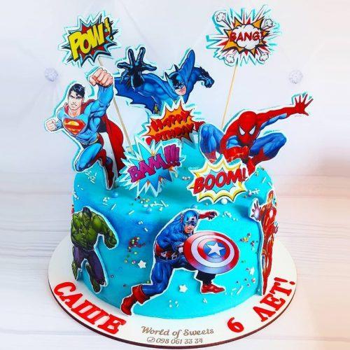 Торт с супергероями на 6 лет