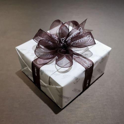 pacchetto regalo