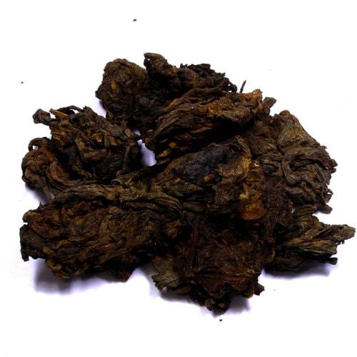 КУПИТЬ настоящий легендарный Китайский чай дикий комковой шу пуэр Лао Ча Тоу – Старые Чайные головы кат.D оптом и в розницу, от производителя - со склада из Москвы. Быстрая доставка по РФ. Низкая цена. Фасовка от 25 гр. Так же у нас Вы можете заказать чай пуэр из семейства Комковой пуэр в разных вариантах исполнения: Комковый пуэр различных категорий, включая Жемчужный.