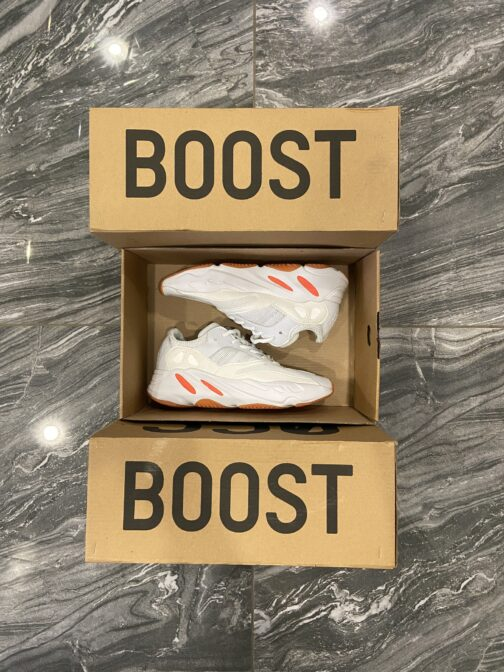 Adidas Yeezy 700 White Red (Белый) • Space Shop UA