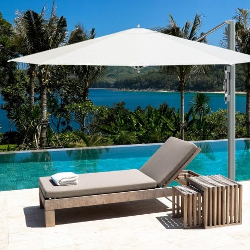 Tuuci Bay Master Cantilever, Poolside - Commercial Grade