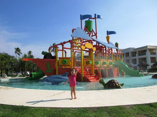 Brinquedo da piscina das crianças Iberostar Praia do Forte