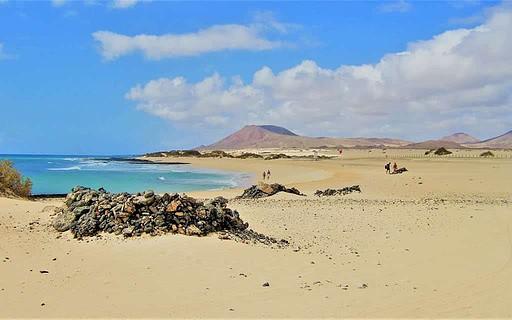 Fuerteventura es uno de los mejores destinos para viajar en grupo por España