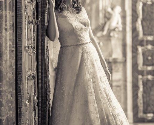Hochzeitsfotograf Allgaeu Braut Prunkraeume Kempten Sepia