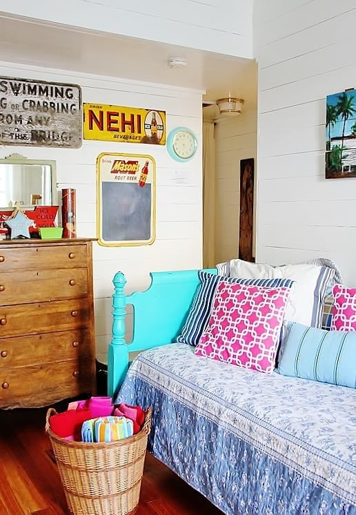 beach-cottage-style-room