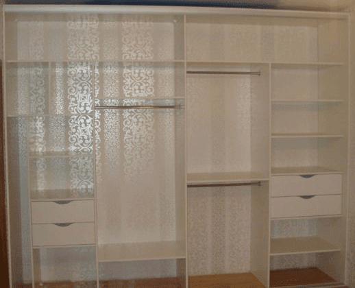 Шкаф купе встроенный от производителя матовое стекло 3
