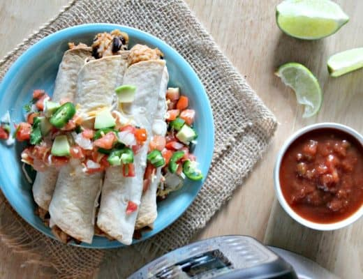 I'm all about the Instant Pot recipes lately and these chicken and back bean taquitos are proof that it's a great new obsession! Instant Pot chicken and black bean taquitos are tasty, low in points, and easy to make.