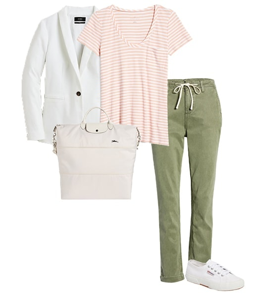 Casual travel clothes for women | 40plusstyle.com