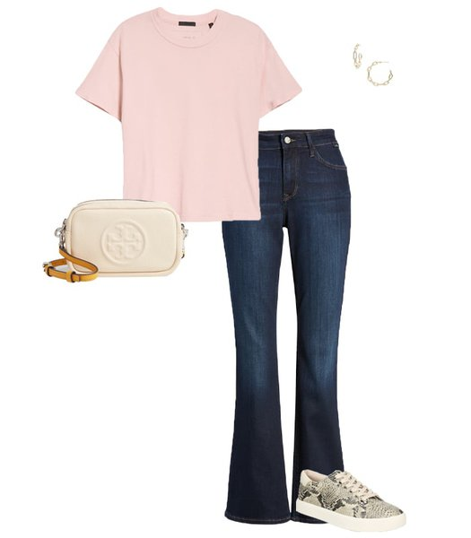 Jeans, t-shirt and sneakers | 40plusstyle.com