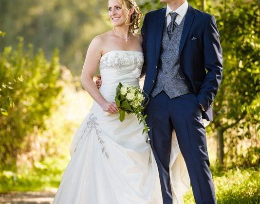 Hochzeitsfotograf Kempten Allgäu Hochzeitspaar Oeschleesee Sulzberg Weg