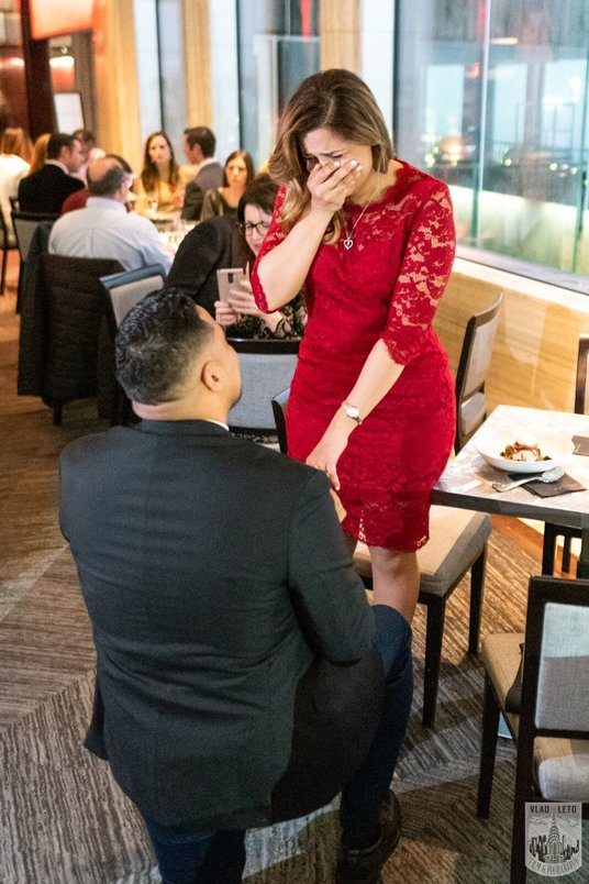 Photo 3 Surprise proposal in a restaurant in NYC. | VladLeto