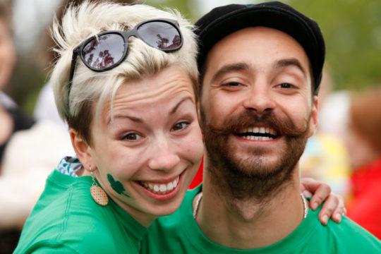 couple enjoying St Patrick's Day celebration