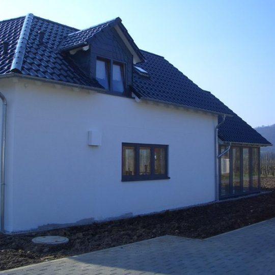 Haus mit Pool in Winningen - Außenansicht 4