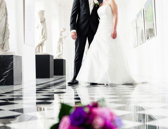 Hochzeitsfotograf Allgaeu Isny Brautpaar Schloss Isny Kuss