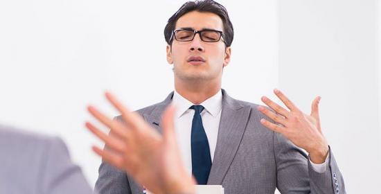 hipnose para tratamento de gagueira