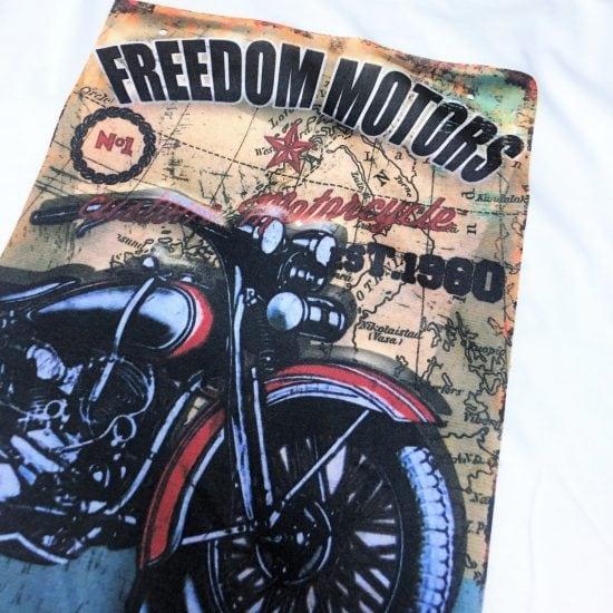 nadruk na koszulce na prezent motocykl