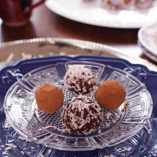 Cocoa Date Nut Truffles | One Dish Kitchen