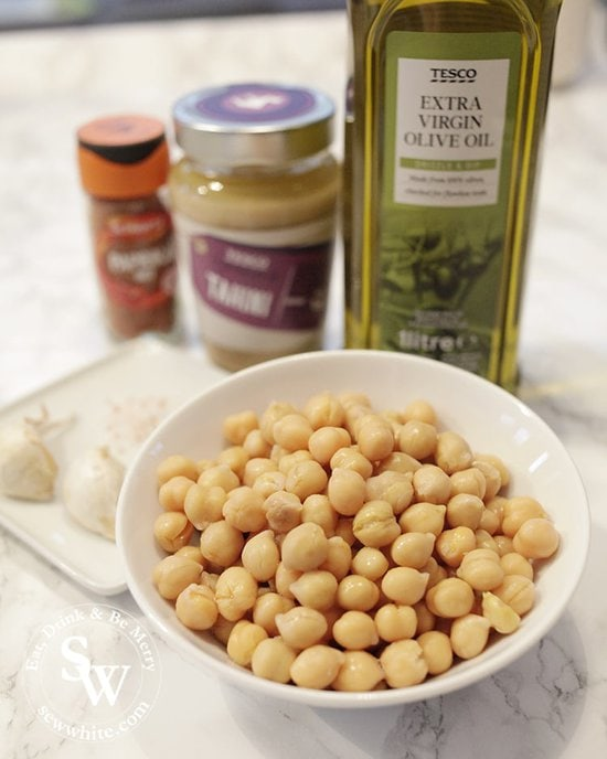 Ingredients to use for hummus