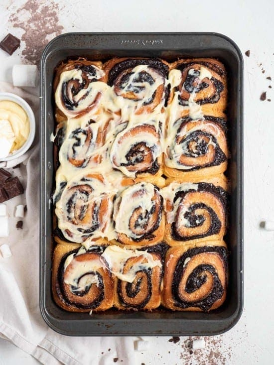 hot chocolate rolls with cream cheese marshmallow frosting