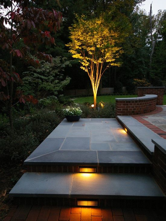 landscape lighting electrician
