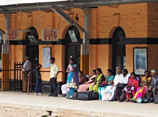 Sri Lanka travel blog and guide. Getting around Sri Lanka by train