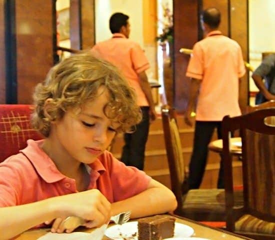 Things to do in Kandy, tea and cake at the bakeries