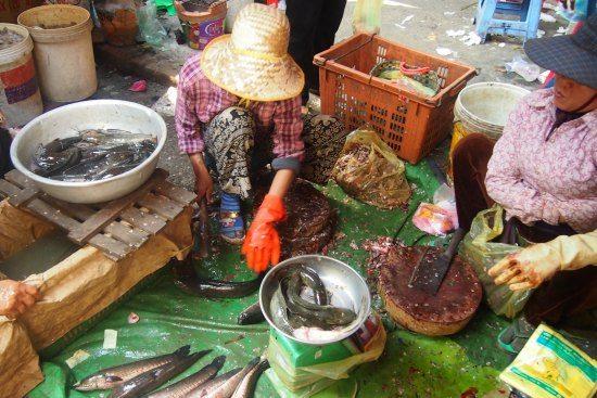 killing fish in Cambodia. Food Market