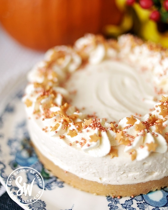 Fall inspired no bake cheesecake with golden sprinkles