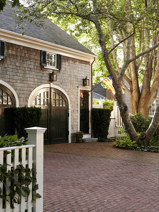 Detached Garage with Traditional Upgrade Design Ideas