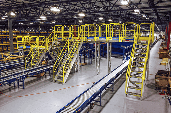 Heavy-duty aluminum access catwalk system installed