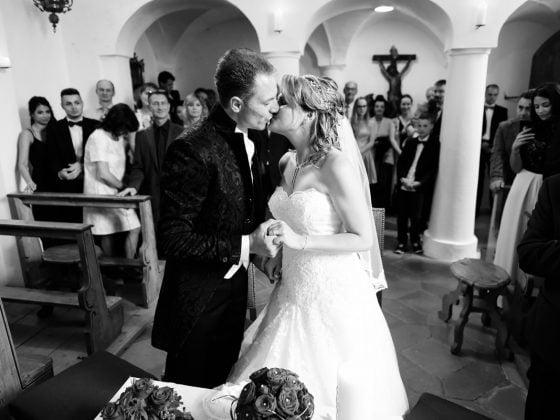 Hochzeitsfotograf Kempten Momente Kuss Trauung