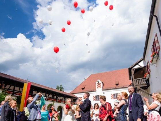 Hochzeitsfotograf Kempten Momente Luftballons