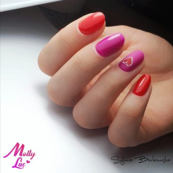 manicure klasyczny w czerwonym i różowym kolorze