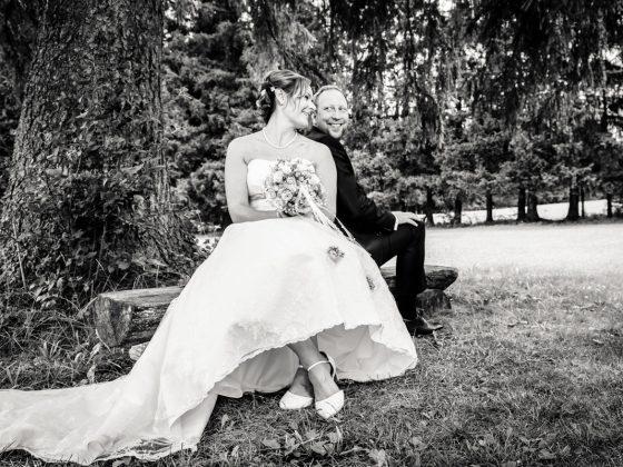 Hochzeitsfotograf Allgaeu Hochzeitspaar Blick Park