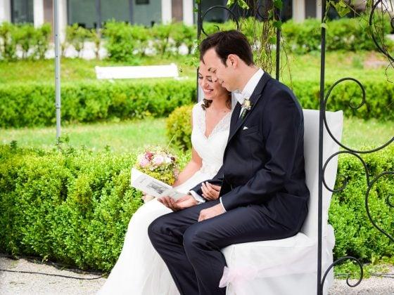 Hochzeitsfotograf Kempten Momente Brautpaar freie Trauung