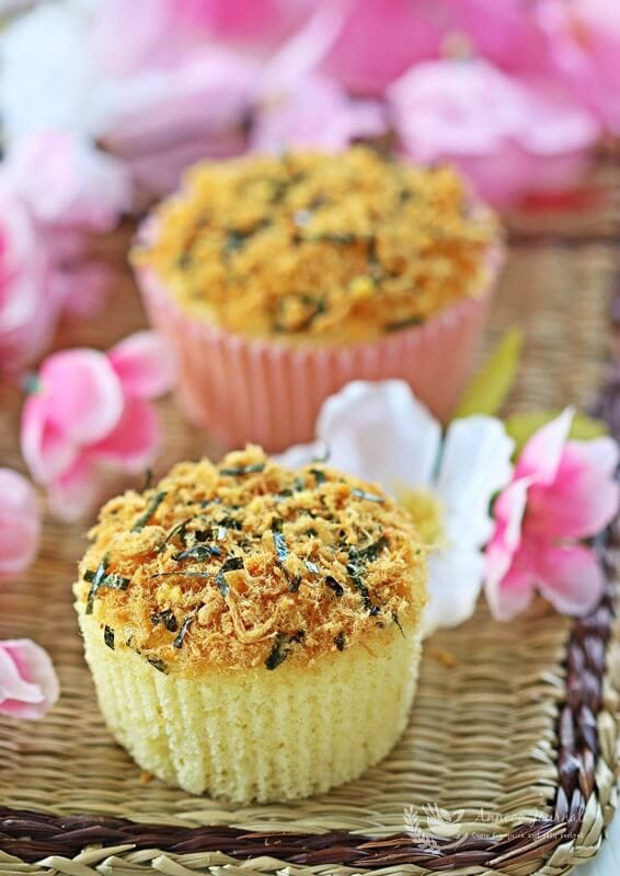 meat floss cupcakes