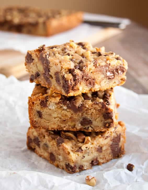 chewy-nutty-toffee-blondies-07