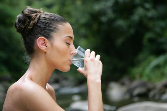 Leitungswasser trinken abnehmen Wasserfilter für den Wasserhahn Leitungswasser trinken, Wasser trinken und Abnehmen