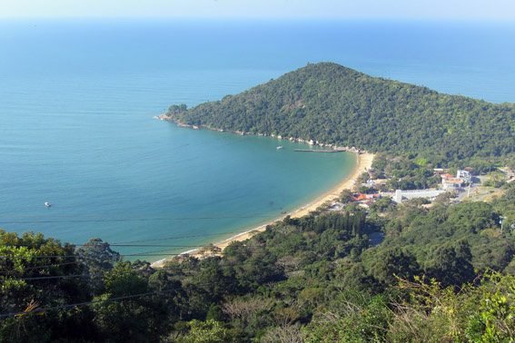 Praia de Laranjeiras vista do Unipraias